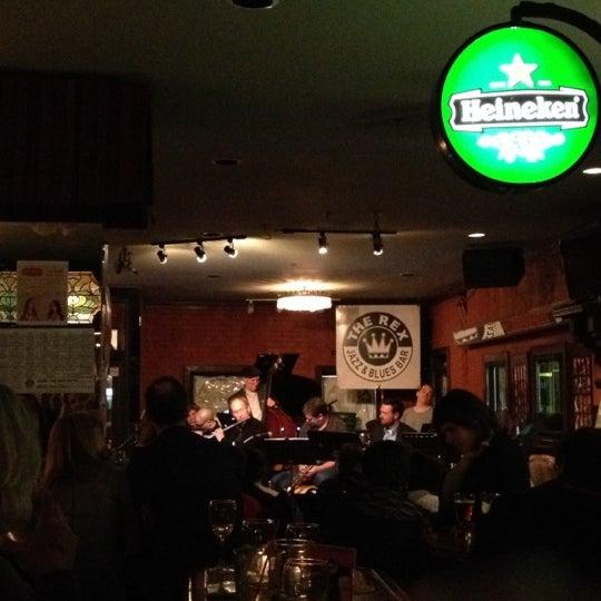 4/1/2012にᴡ W.がThe Rex Hotel Jazz & Blues Barで撮った写真