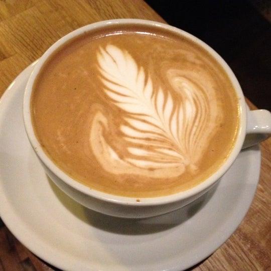 5/2/2012에 Jody R.님이 The Wormhole Coffee에서 찍은 사진