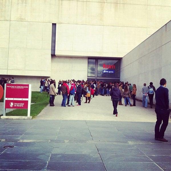 Foto tomada en FCOM - Facultad de Comunicación por Sonesu el 11/16/2011