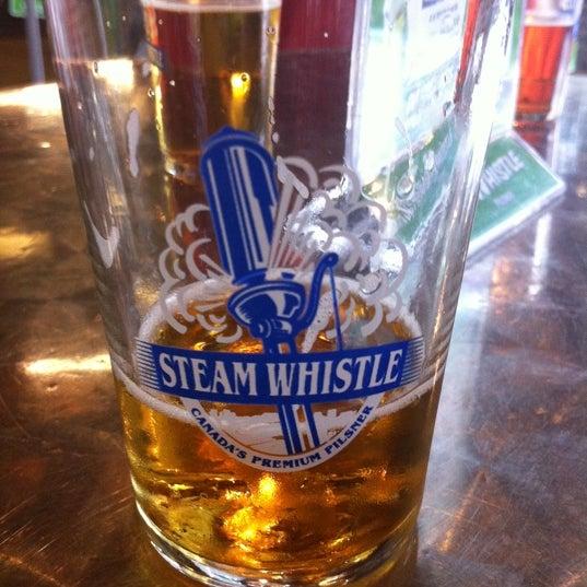 9/5/2011 tarihinde Ryan A.ziyaretçi tarafından Steam Whistle Brewing'de çekilen fotoğraf