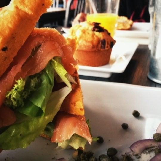 Foto tomada en Peponne Healthy Food & Bakery por martin a. el 3/11/2012