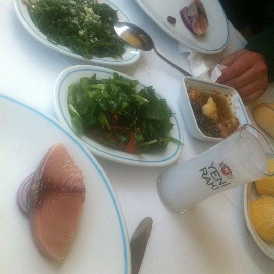 3/31/2012에 Mert E.님이 Cunda Balık Restaurant에서 찍은 사진