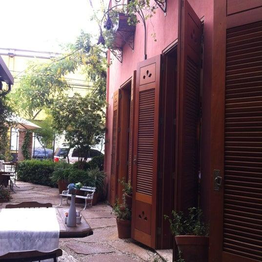 Foto diambil di Julice Boulangère oleh Ricardo C. pada 3/19/2012