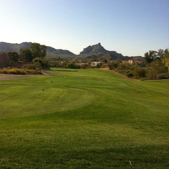 Das Foto wurde bei Desert Canyon Golf Club von Kristen K. am 3/31/2012 aufgenommen