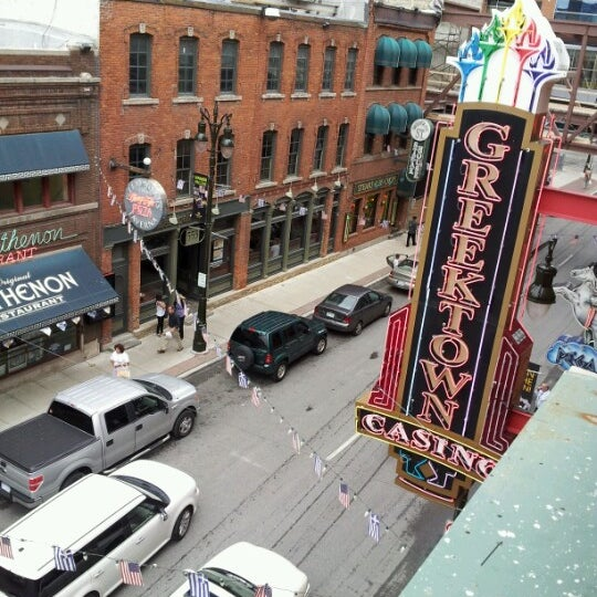Foto scattata a Greektown Casino-Hotel da Melissa M. il 8/14/2012