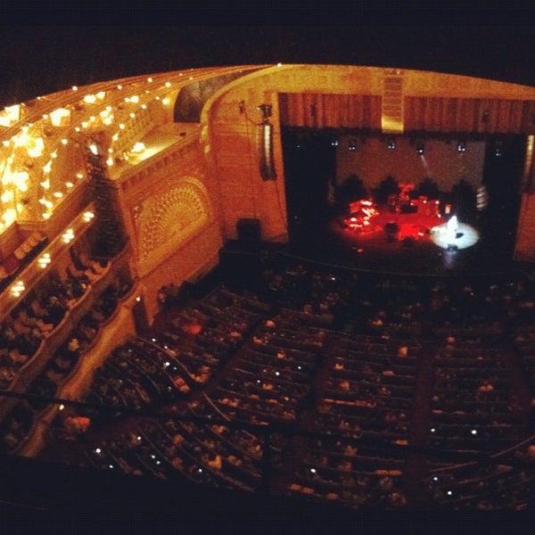 5/13/2012 tarihinde Jennie L.ziyaretçi tarafından Auditorium Theatre'de çekilen fotoğraf