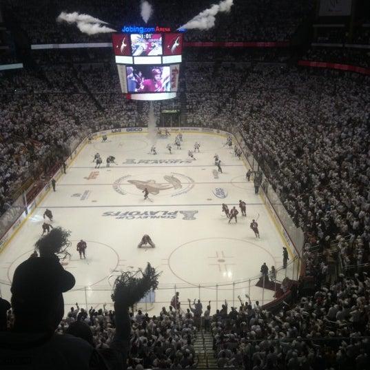 Снимок сделан в Gila River Arena пользователем Leslie L. 4/30/2012