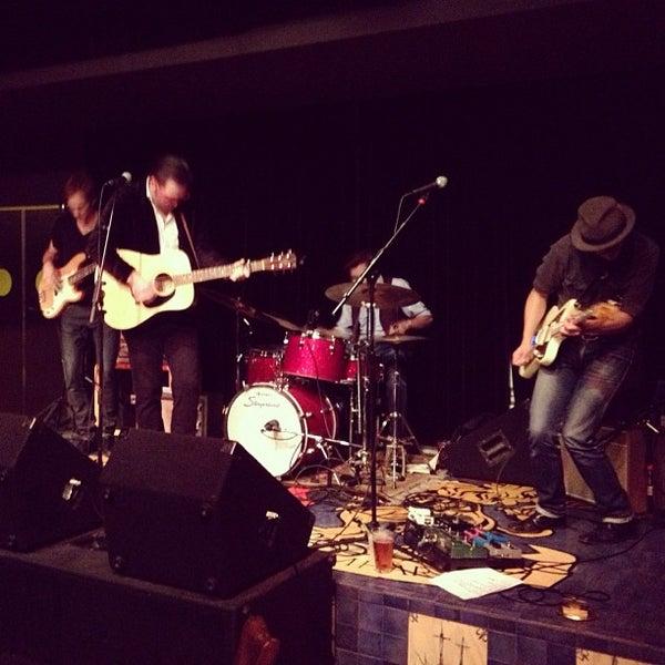 Foto diambil di Amsterdam Bar & Hall oleh Than T. pada 8/23/2012