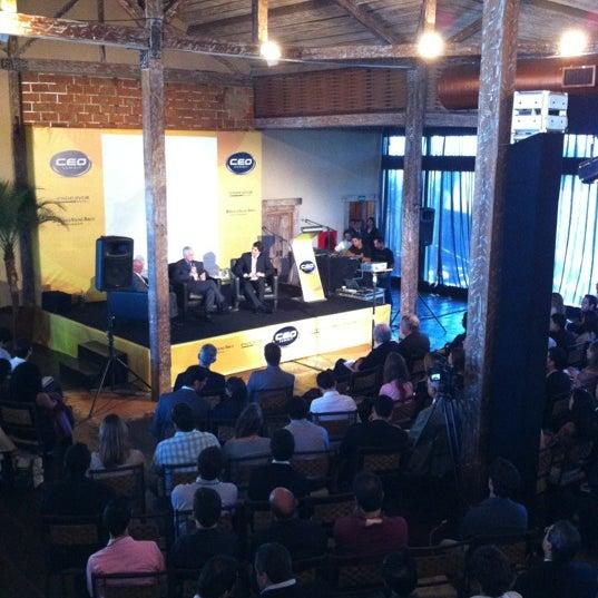 6/1/2012 tarihinde Fernando J.ziyaretçi tarafından Espaço Meet'de çekilen fotoğraf