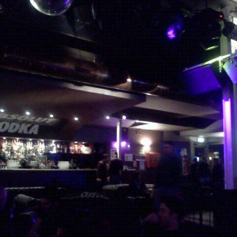 รูปภาพถ่ายที่ Bobino Club โดย Mattia D. เมื่อ 4/18/2012