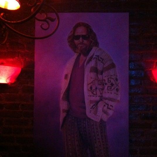 Foto tirada no(a) Bar Nine por Alex G. em 3/30/2012