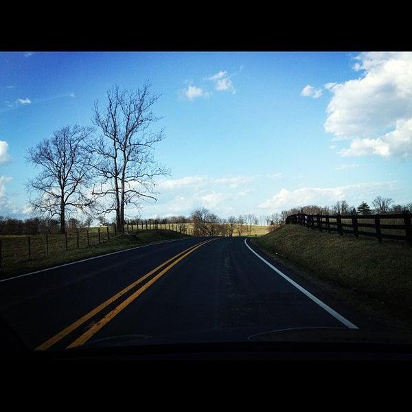 3/13/2012 tarihinde Neil P.ziyaretçi tarafından Keswick Vineyards'de çekilen fotoğraf