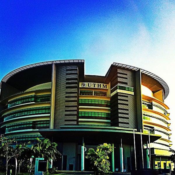 Tunku Tun Aminah Library Uthm Library Universiti Tun Hussein Onn Malaysia