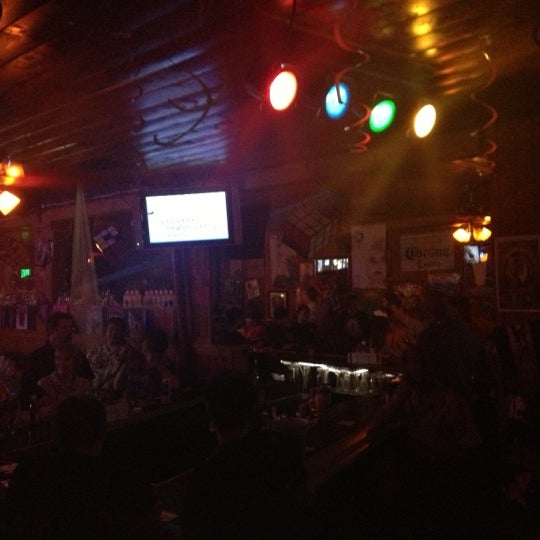 Foto tirada no(a) Redwing Bar & Grill por Sydney P. em 8/5/2012