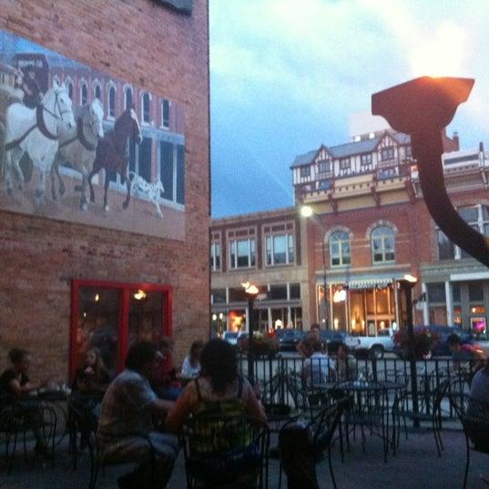 รูปภาพถ่ายที่ Firehouse Brewing Company โดย Candace T. เมื่อ 5/23/2012