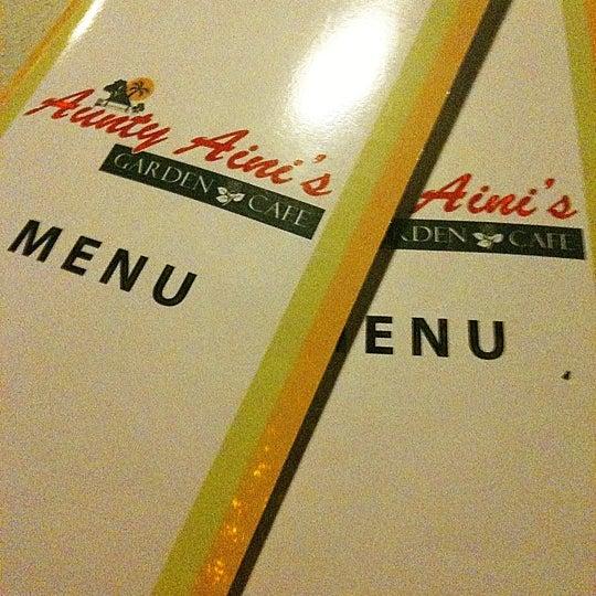 Fotos Bei Aunty Aini S Garden Cafe Malaysisches Restaurant