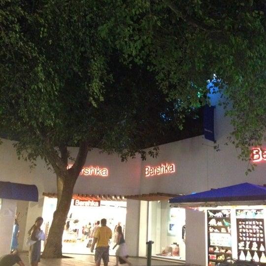 Bershka Santiago de compostela Calle Roja, 6 - Ofertas y horarios