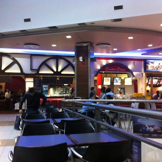 Foto tirada no(a) Punta Carretas Shopping por Claiton K. em 5/4/2012