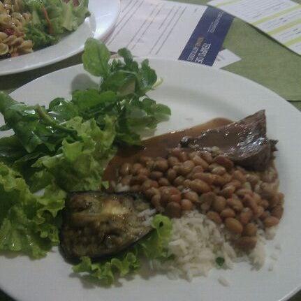 11/17/2011 tarihinde Thais C.ziyaretçi tarafından Limone Restaurante e Café'de çekilen fotoğraf