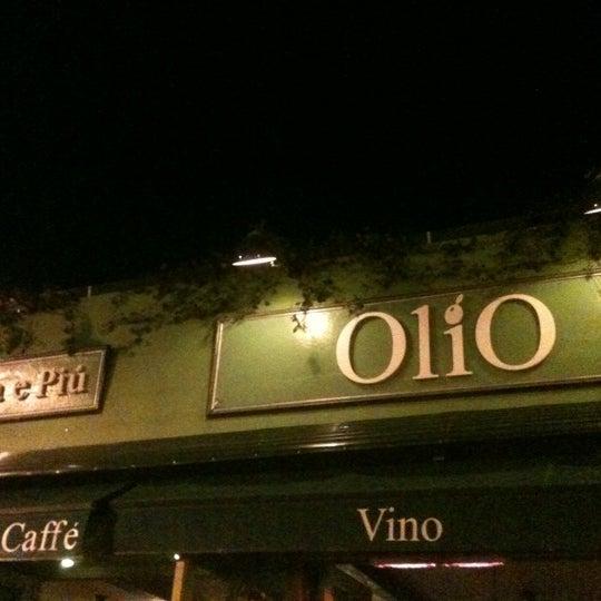 รูปภาพถ่ายที่ Olio e Piú โดย My-Ishia C. เมื่อ 4/5/2012