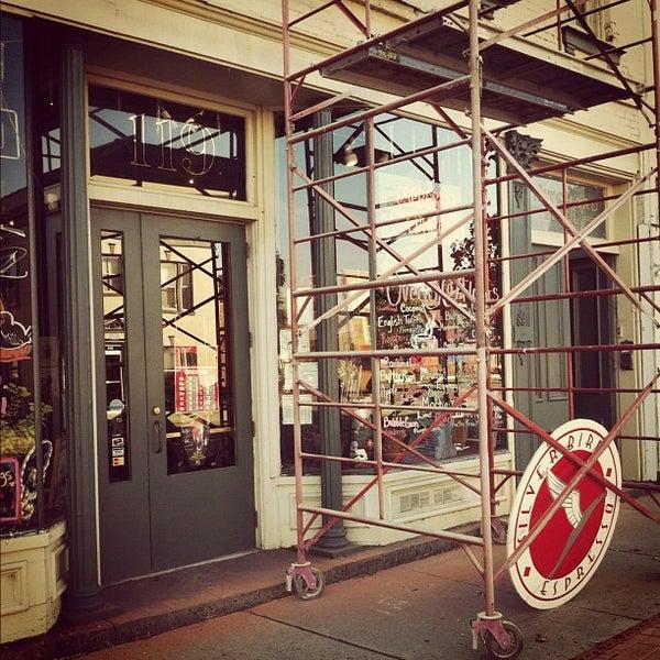 10/23/2011에 Eric Thomas C.님이 Silverbird Espresso에서 찍은 사진