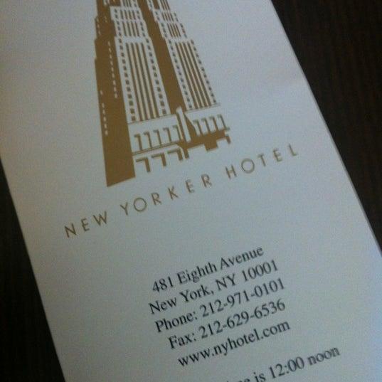 Foto diambil di Wyndham New Yorker oleh ukleon pada 9/8/2012