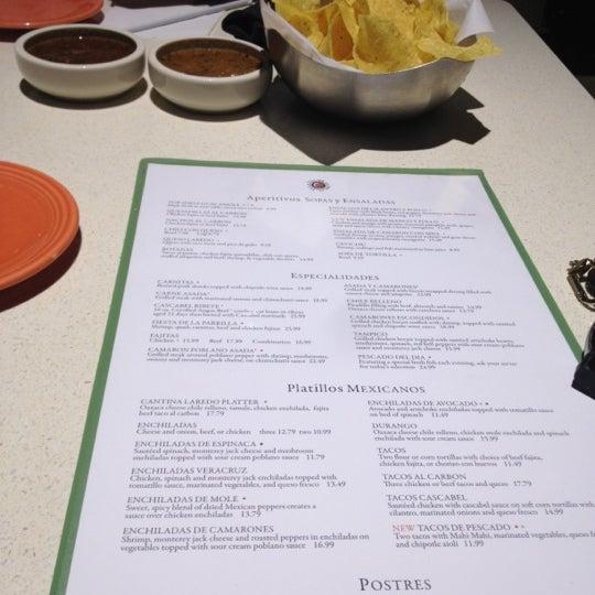 Foto scattata a Cantina Laredo da Olivia C. il 5/17/2012