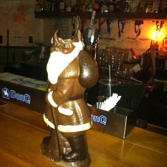 Das Foto wurde bei Dive Bar & Lounge von Amanda B. am 12/24/2011 aufgenommen