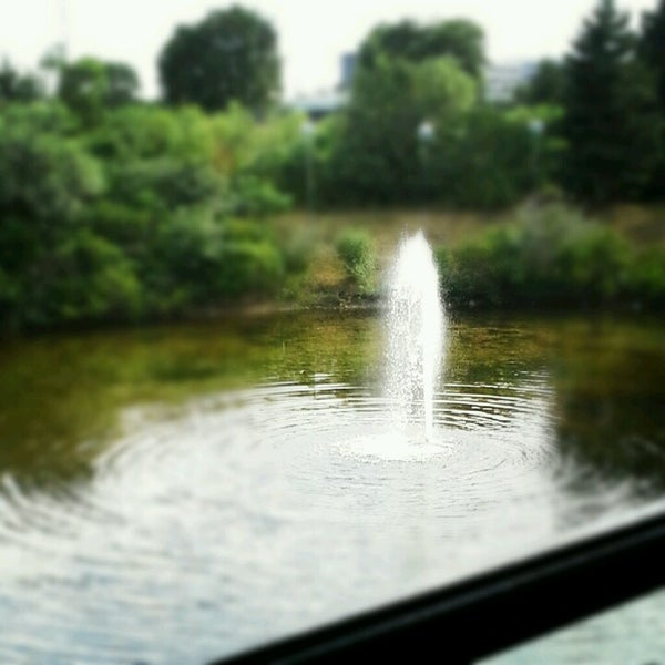 Foto scattata a Doc's Sports Retreat da Brittany D. il 6/24/2012