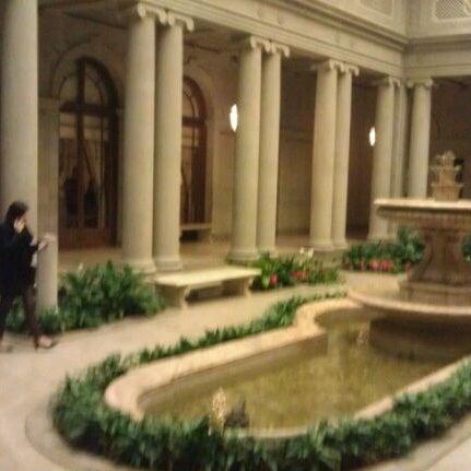 1/21/2012 tarihinde Paul H.ziyaretçi tarafından The Frick Collection'de çekilen fotoğraf