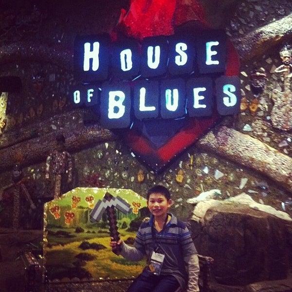 Снимок сделан в House of Blues пользователем Gilbert L. 11/18/2011