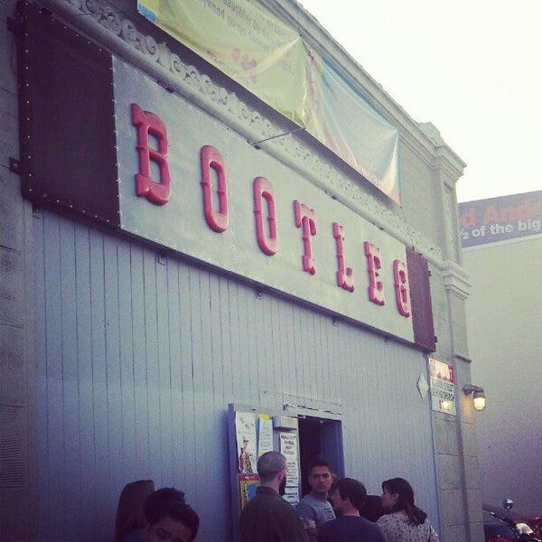 5/7/2012にJamie R.がBootleg Bar & Theaterで撮った写真