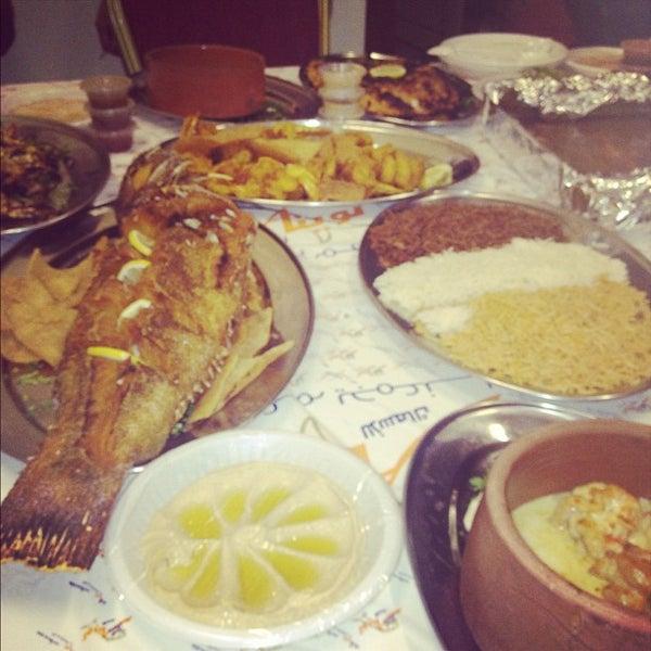 Foto scattata a Twina Park & Restaurant da Basim W. il 8/9/2012