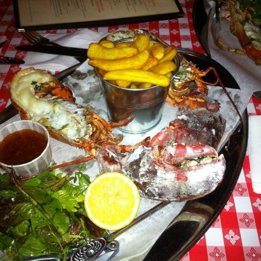 Foto tirada no(a) Big Easy Bar.B.Q & Crabshack por Gavin D. em 8/25/2012
