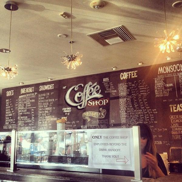 Das Foto wurde bei The Coffee Shop at Agritopia von dawn b. am 8/30/2012 aufgenommen