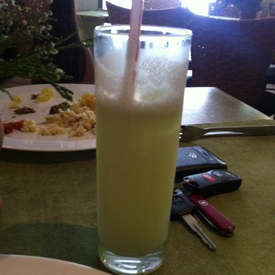 4/1/2012 tarihinde Henrique A.ziyaretçi tarafından Limone Restaurante e Café'de çekilen fotoğraf
