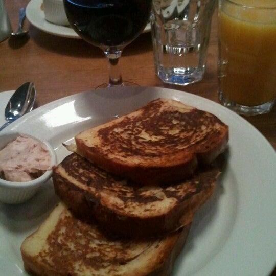 6/24/2012 tarihinde Luisziyaretçi tarafından Good Enough to Eat'de çekilen fotoğraf