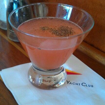 Photo prise au Walnut Creek Yacht Club par Aundrea C. le9/8/2012