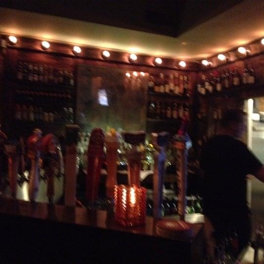 5/2/2012 tarihinde Scott K.ziyaretçi tarafından Dandelion Market'de çekilen fotoğraf
