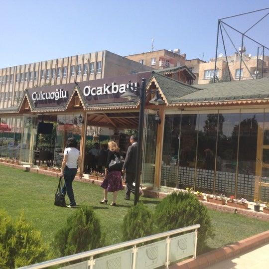 Снимок сделан в Çulcuoğlu Restaurant пользователем Metehan K. 5/22/2012