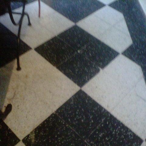 Foto scattata a Museo Evita Restaurant & Bar da Juli A. il 8/12/2012