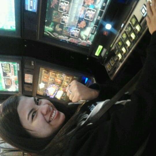 รูปภาพถ่ายที่ Valley View Casino & Hotel โดย Edelene M. เมื่อ 1/12/2012