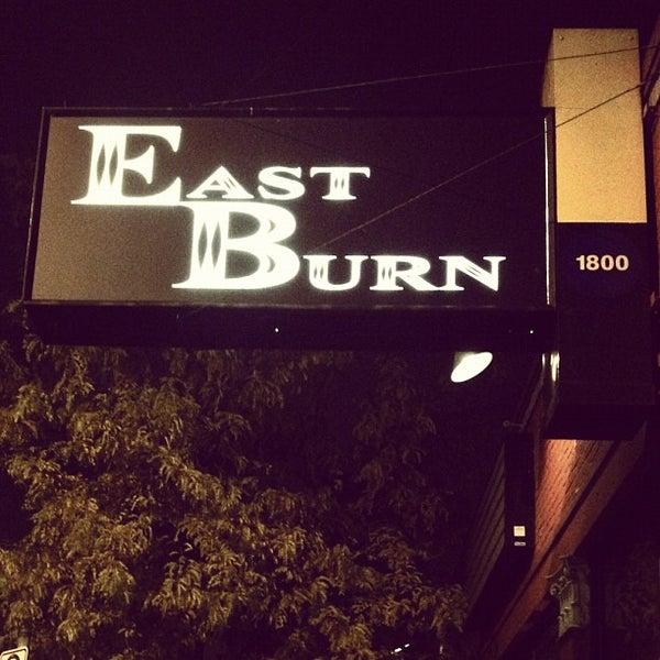 Das Foto wurde bei EastBurn von Jacob H. am 11/20/2011 aufgenommen