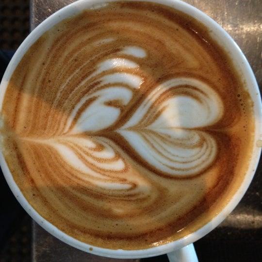 4/29/2012にamin r.がCondesa Coffeeで撮った写真