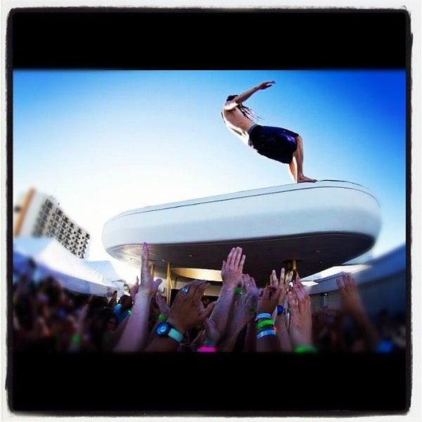 3/26/2012にJamie D.がDream South Beach Hotelで撮った写真
