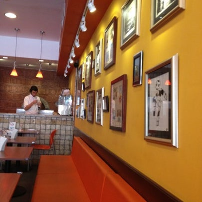 Foto tomada en Da Noi Pizzeria Ristorante por Patricia Q. el 8/18/2012