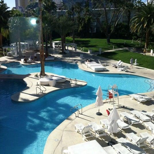 Снимок сделан в Tropicana Las Vegas пользователем Fidel F. 11/26/2011