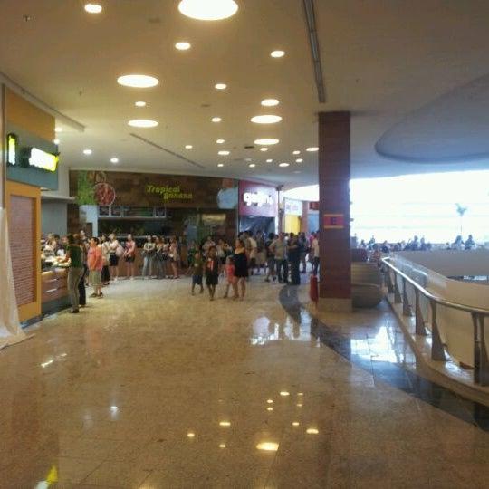 รูปภาพถ่ายที่ Shopping Park Europeu โดย André M. เมื่อ 12/8/2011