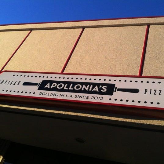 Foto scattata a Apollonia's Pizzeria da Linda Crespo D. il 7/25/2012