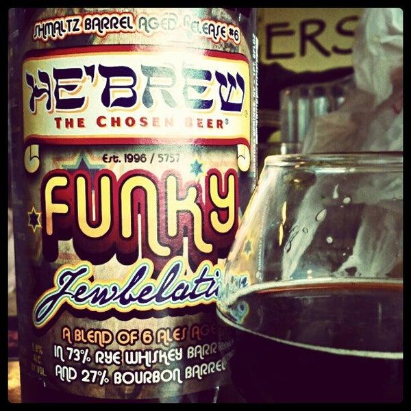 Photo prise au The BeerMongers par Kyle K. le5/4/2012